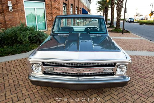 1970 Chevrolet C-10 front view