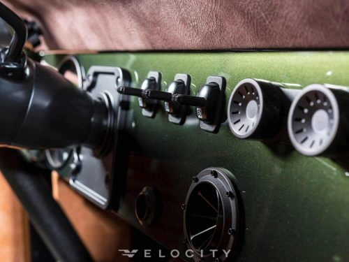 1976 Classic Ford Bronco dashboard 2