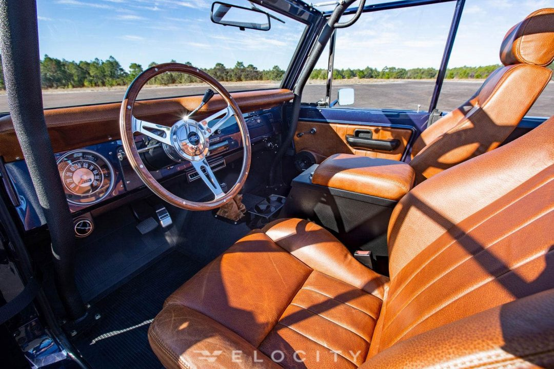 77 Early ford bronco drivers seat