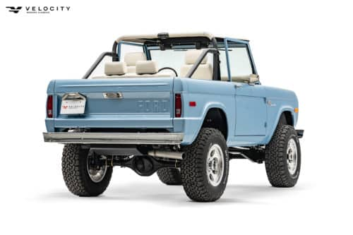 Classic Ford Bronco Passenger side rear_1974 Ford Bronco